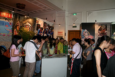四川地震灾区羌族文化展6月14日起在京举办